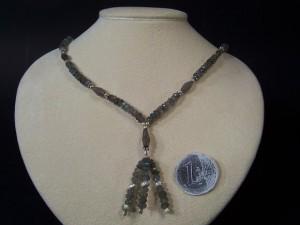 Girocollo in labradorite faccettataInserti e fermaglio in argentoLunghezza cm 44.Peso gr 18