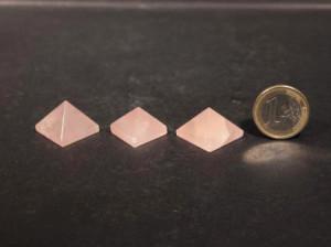 Oggettistica piramidi q rosa261-2