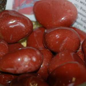 burattato diaspro rosso grande